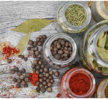 Les épices anti-microbiennes
